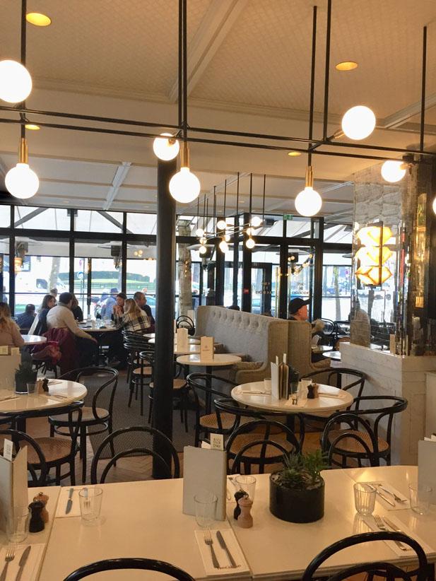 Suspensions Brasserie Trocadéro